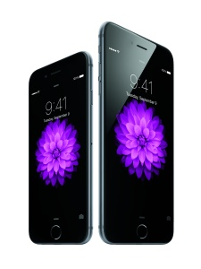 iPhone 6 & 6 Plus © Apple.